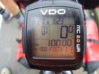 10.000 kms!/ 6.000 miles!