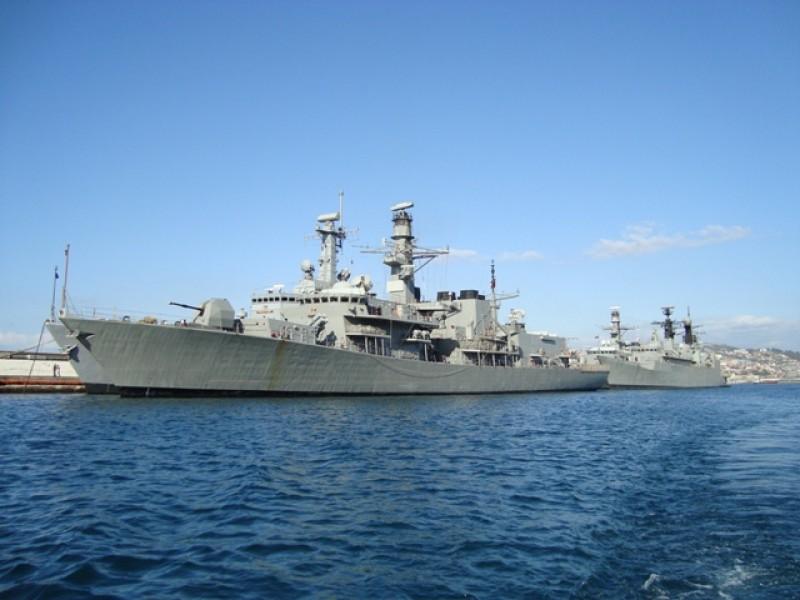 Marineschepen/ navy vessels